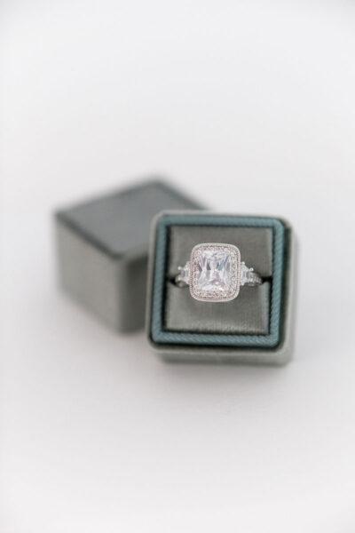 Bark-and-Berry-Spruce-double-slot-vintage-wedding-embossed-monogram-velvet-ring-box-002