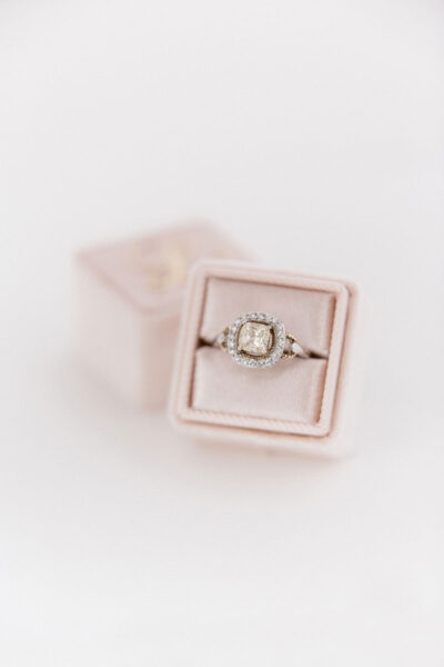 Bark-and-Berry-Blush-double-slot-vintage-wedding-embossed-monogram-velvet-ring-box-006