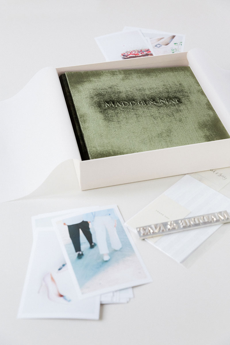 Bark-and-Berry-Moss-vintage-velvet-wedding-embossed-monogram-guest-book-photoalbum-003