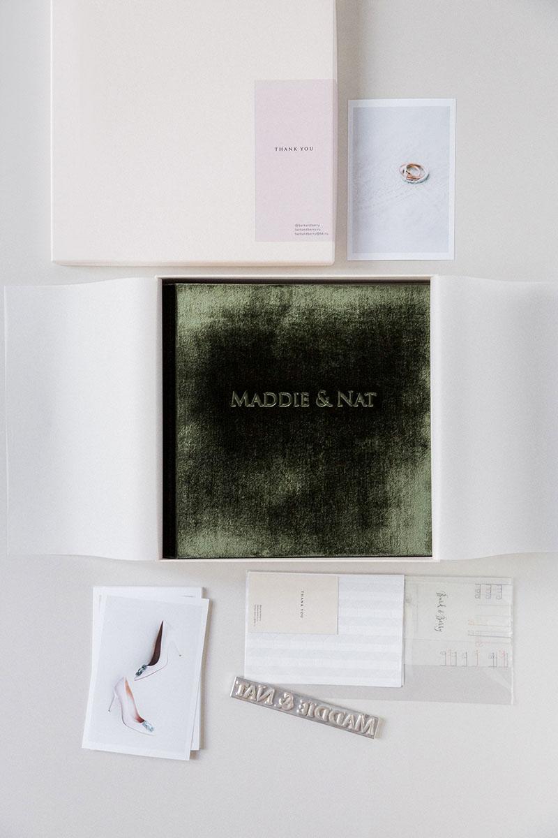 Bark-and-Berry-Moss-vintage-velvet-wedding-embossed-monogram-guest-book-photoalbum-006