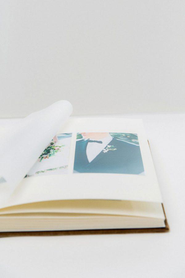 Bark-and-Berry-vintage-velvet-wedding-embossed-guest-book-photoalbum-009