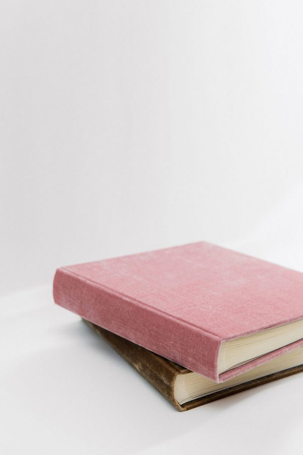 Bark-and-Berry-vintage-velvet-wedding-embossed-guest-book-photoalbum-017