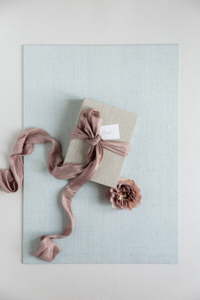 Bark-and-Berry-Pale-Blue-Tussah-styling-boards-for-wedding-stationery-bouquet-detail-shot-001