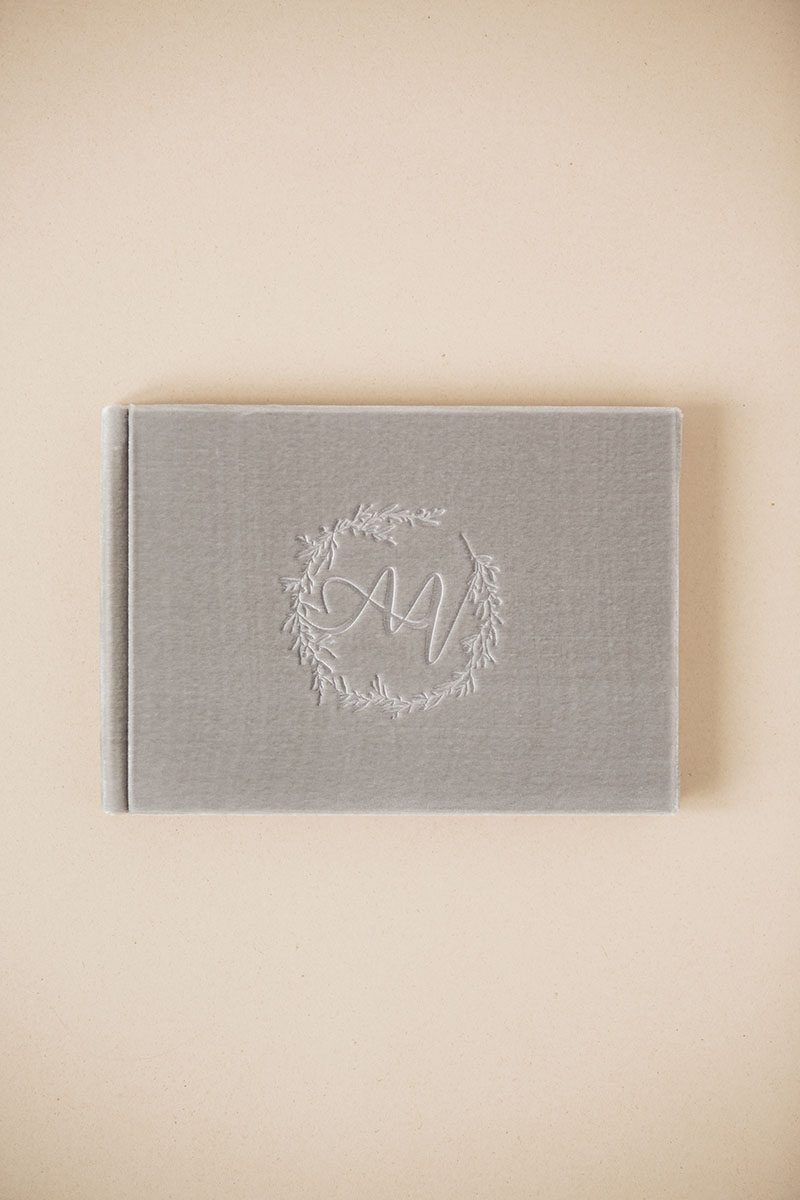Bark-and-Berry-Fossil-vintage-velvet-wedding-embossed-monogram-guest-book-photoalbum-006