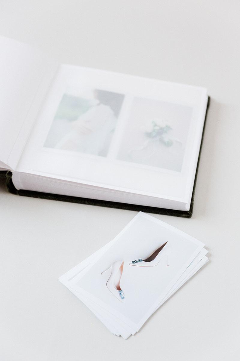 Bark-and-Berry-Moss-vintage-velvet-wedding-embossed-monogram-guest-book-photoalbum-019
