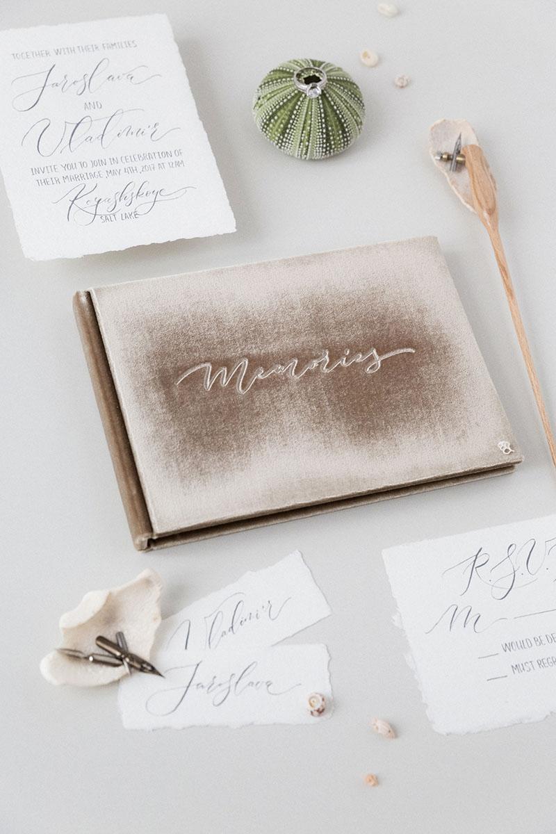 Шикарная книга пожеланий на свадьбу купить в Москве