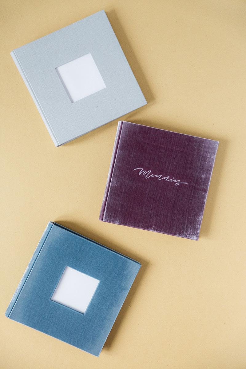 Bark-and-Berry-vintage-velvet-linen-wedding-embossed-monogram-guest-book-photoalbum-002