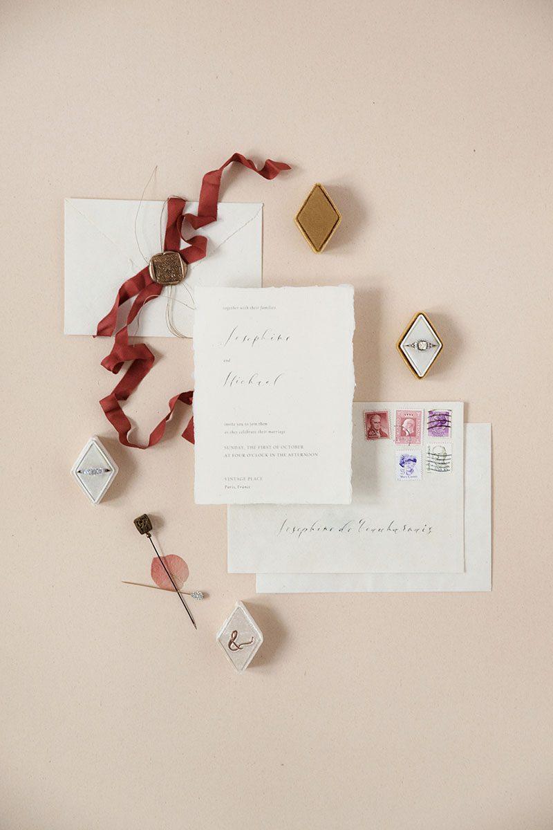 Bark-and-Berry-Amber-Cream-vintage-wedding-embossed-monogram-diamond-velvet-ring-box-001