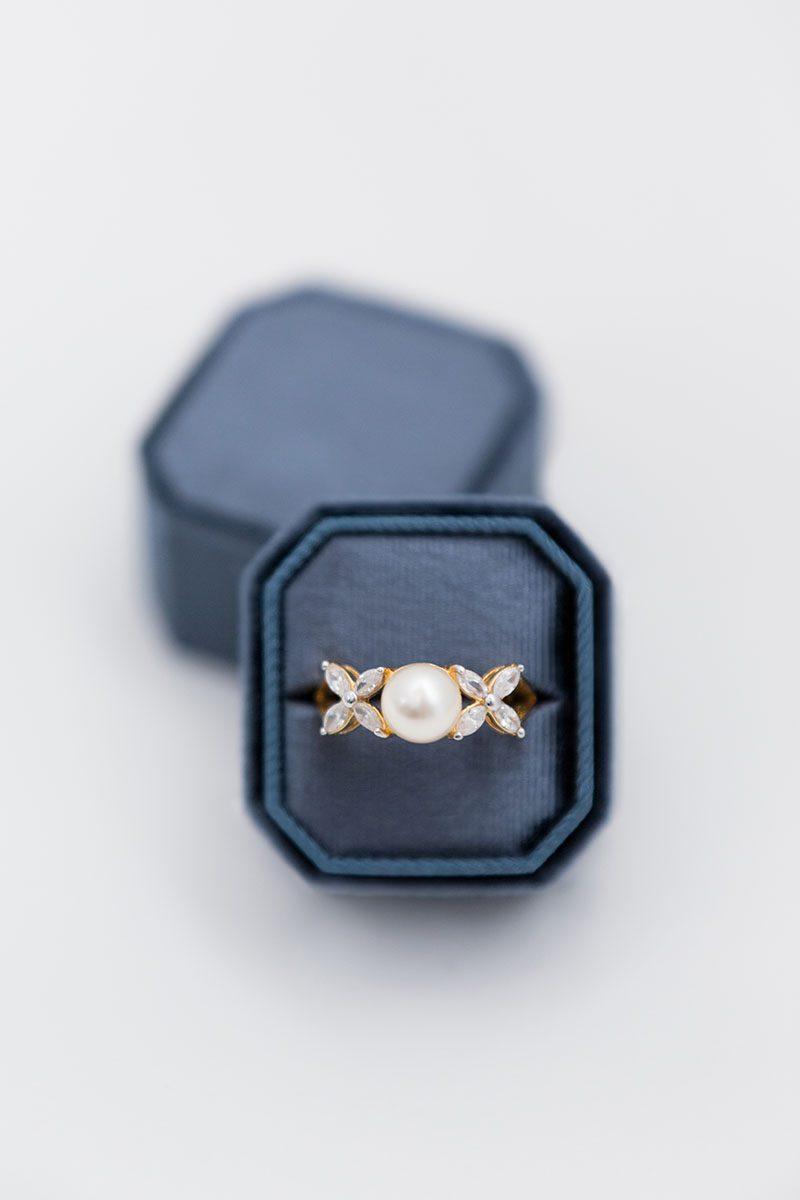 Bark-and-Berry-Ocean-double-slot-vintage-wedding-embossed-monogram-octagon-velvet-ring-box-001
