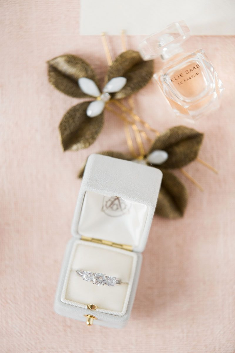 Bark-and-Berry-Cloud-vintage-wedding-embossed-monogram-velvet-suede-ring-box-002