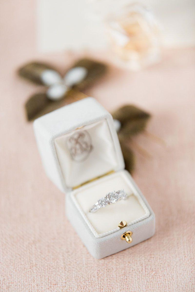 Bark-and-Berry-Cloud-vintage-wedding-embossed-monogram-velvet-suede-ring-box-006