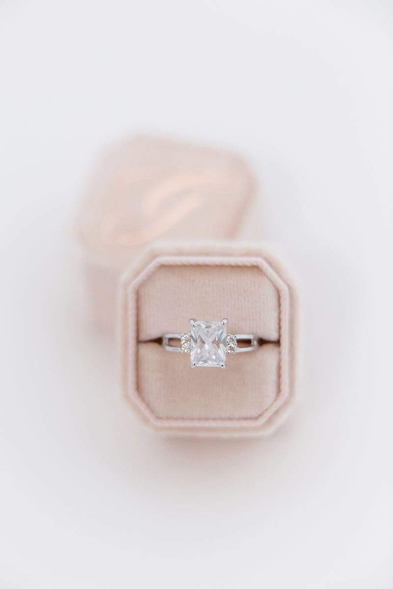 Bark-and-Berry-Blush-double-slot-vintage-wedding-embossed-monogram-octagon-velvet-ring-box-002
