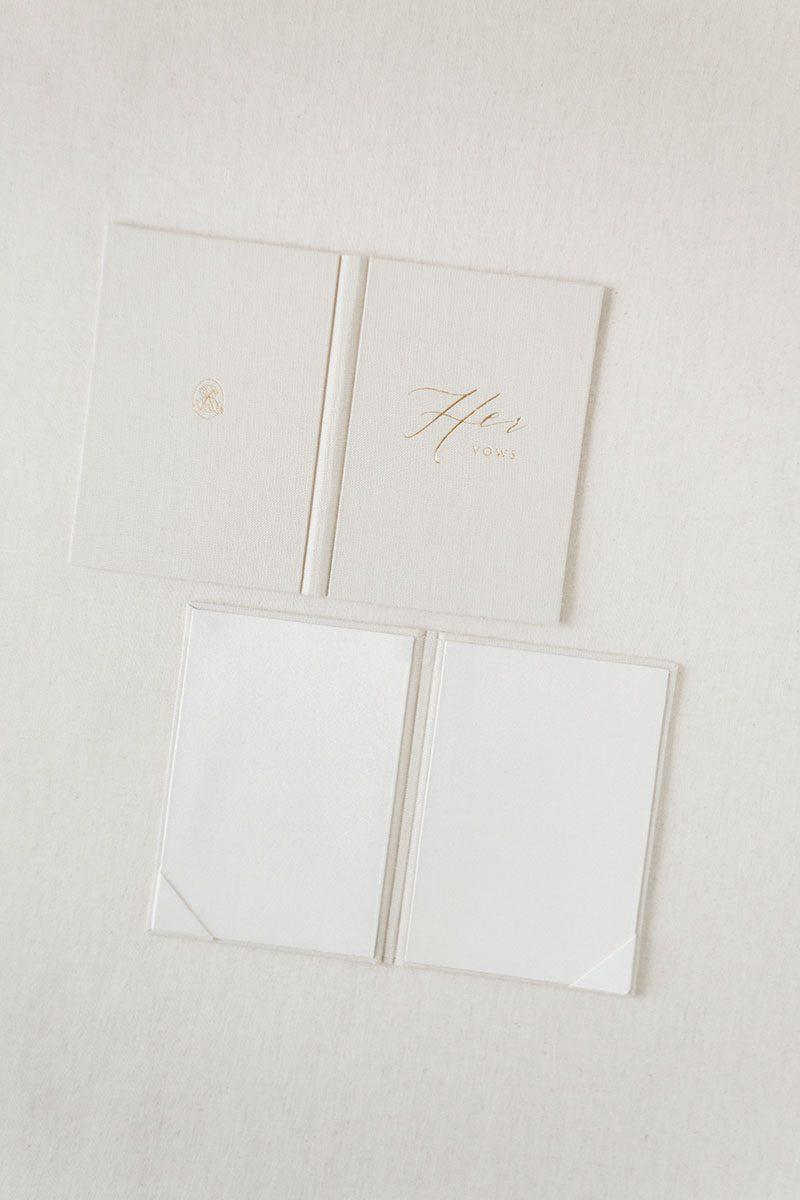 Bark-and-Berry-Sand-vintage-linen-wedding-embossed-monogram-vows-folder-book-004