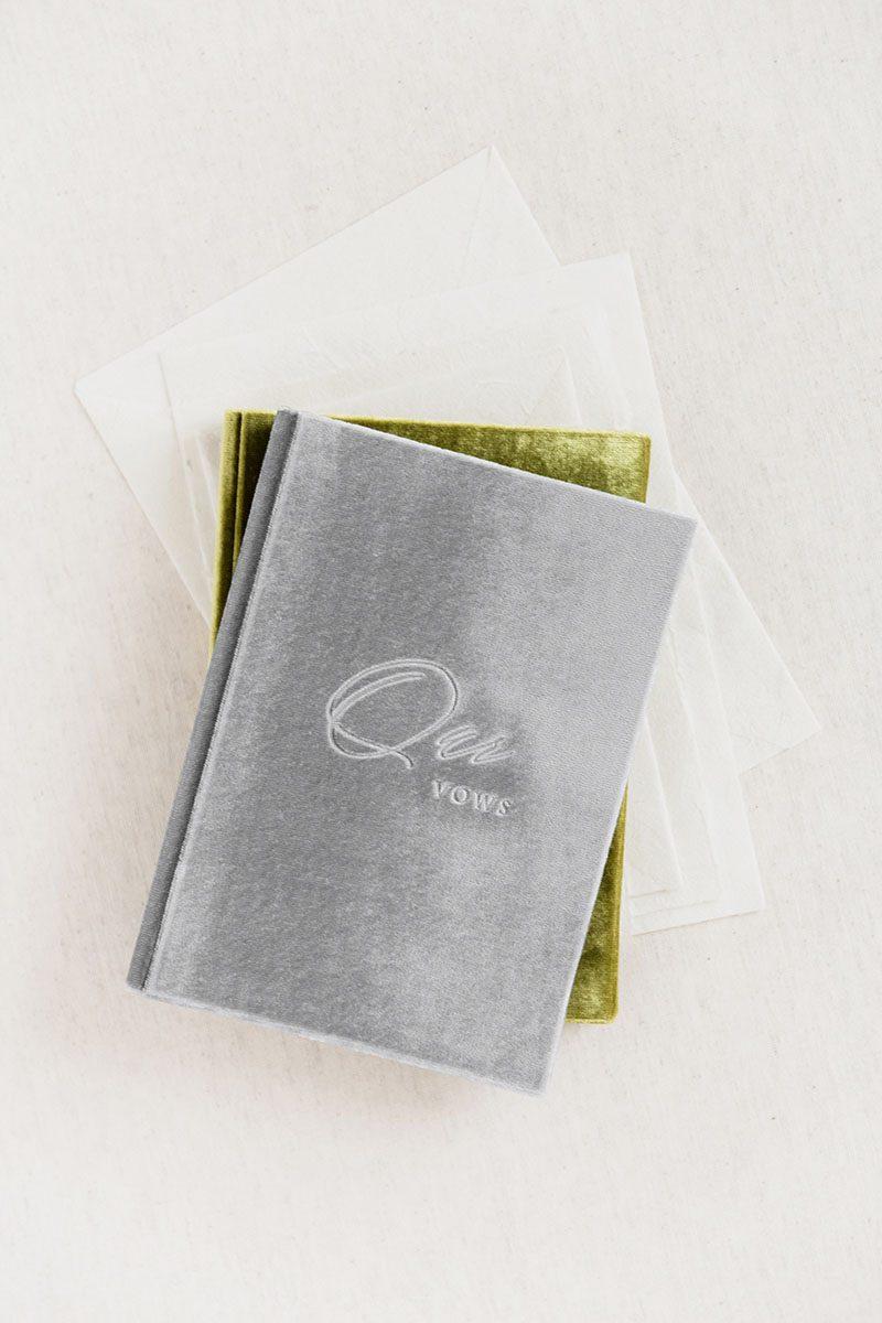 Bark-and-Berry-Fossil-Olive-vintage-velvet-wedding-embossed-monogram-vows-folder-book-001