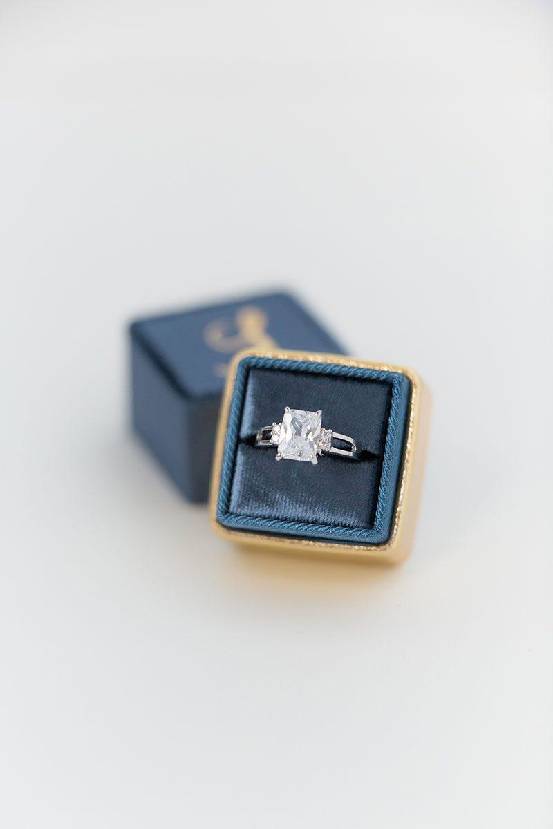Bark-and-Berry-Ocean-Yellow-Gold-double-slot-vintage-wedding-embossed-monogram-velvet-leather-ring-box-001