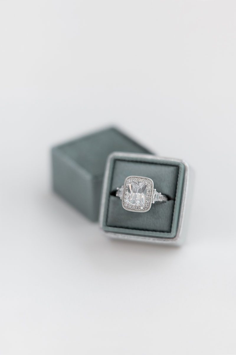 Bark-and-Berry-Spruce-Silver-double-slot-vintage-wedding-embossed-monogram-velvet-leather-ring-box-001