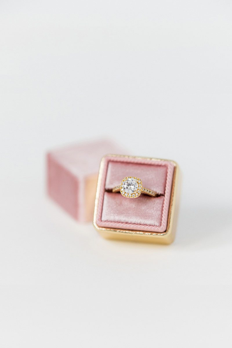 Bark-and-Berry-Tea-Rose-Yellow-Gold-double-slot-vintage-wedding-embossed-monogram-velvet-leather-ring-box-001