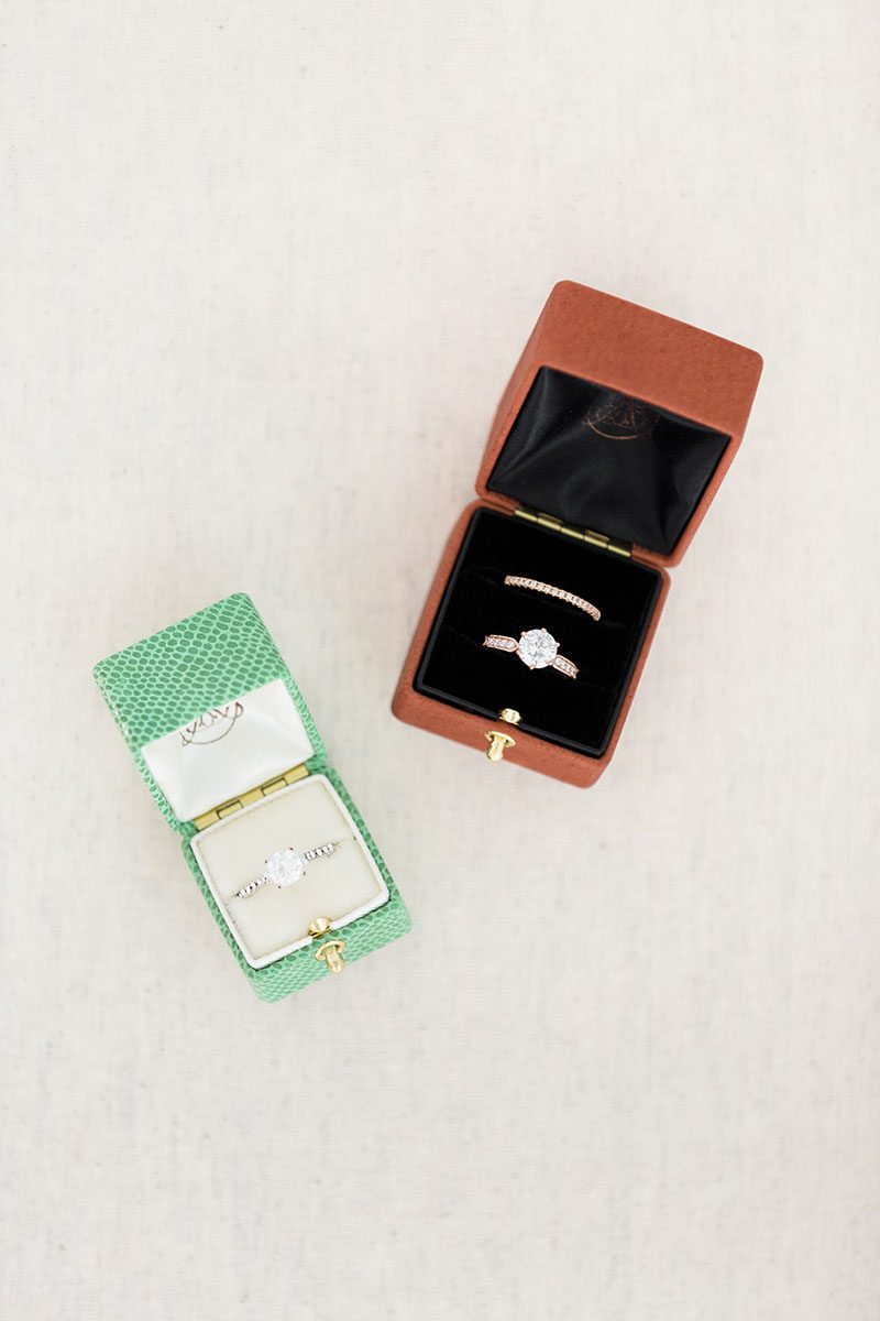 Bark-and-Berry-Grand-Terracotta-Petite-Agama-double-slot-vintage-wedding-embossed-double-monogram-velvet-leather-grand-ring-box-007