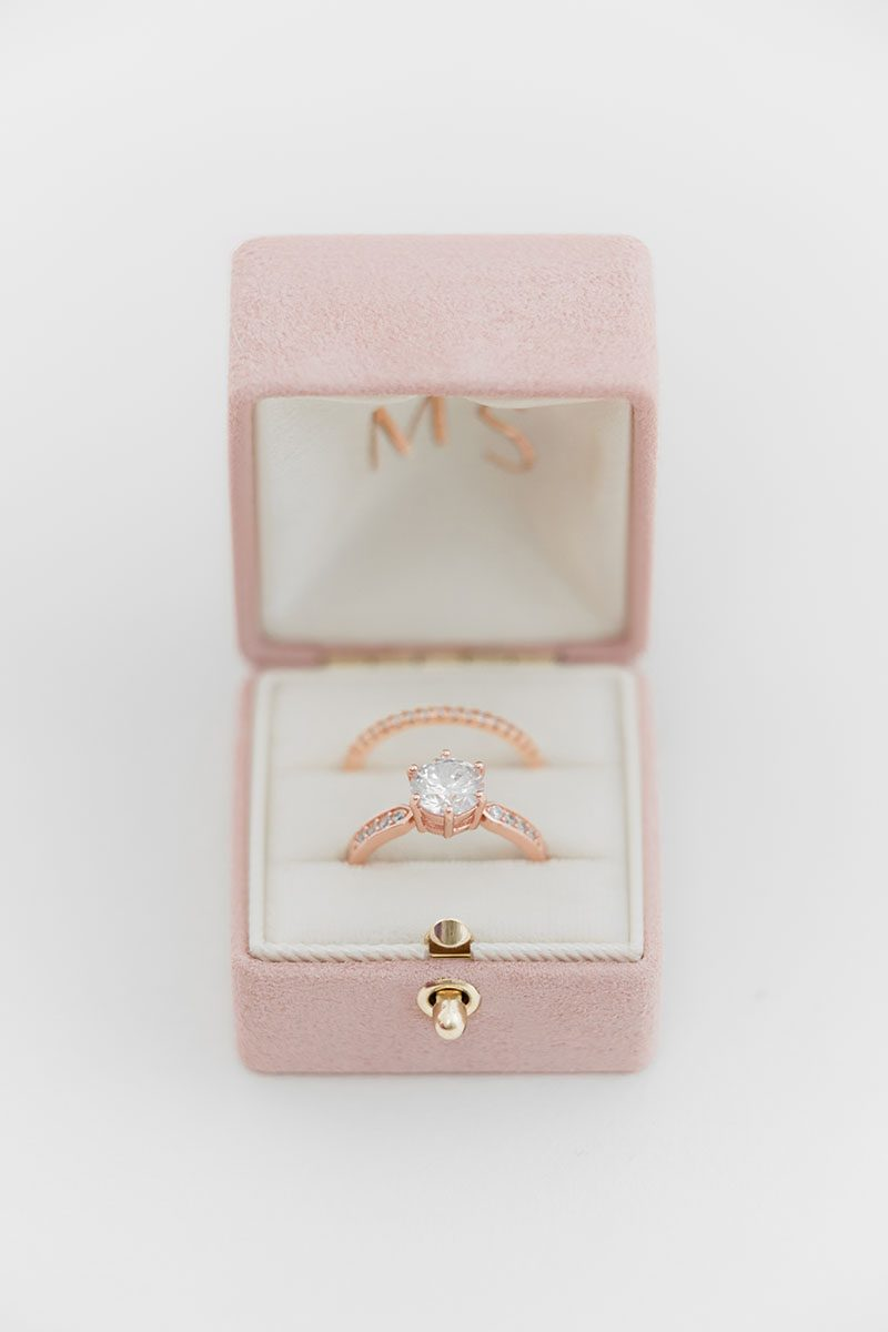 Bark-and-Berry-Diana-vintage-wedding-embossed-double-monogram-velvet-suede-grand-ring-box-all-ivory-001