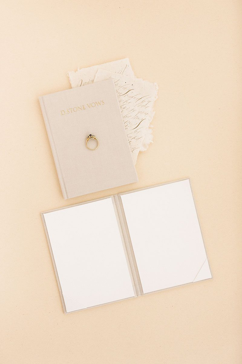 Bark-and-Berry-Sand-vintage-linen-wedding-embossed-monogram-vows-folder-book-010