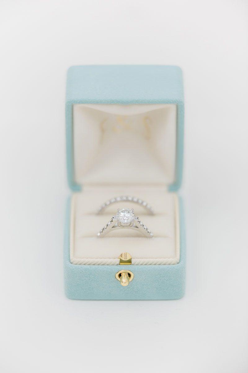Bark-and-Berry-Lagune-vintage-wedding-embossed-double-monogram-velvet-suede-grand-ring-box-all-ivory-001