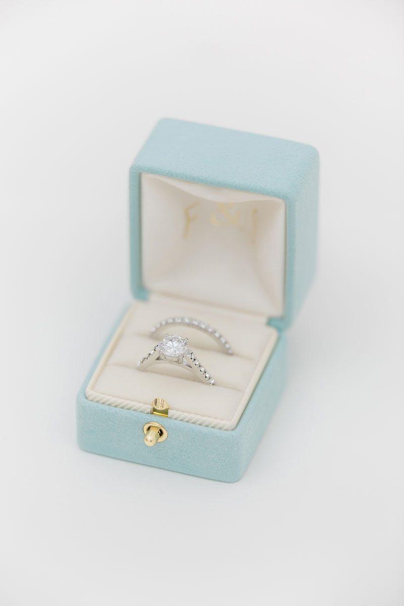 Bark-and-Berry-Lagune-vintage-wedding-embossed-double-monogram-velvet-suede-grand-ring-box-all-ivory-002