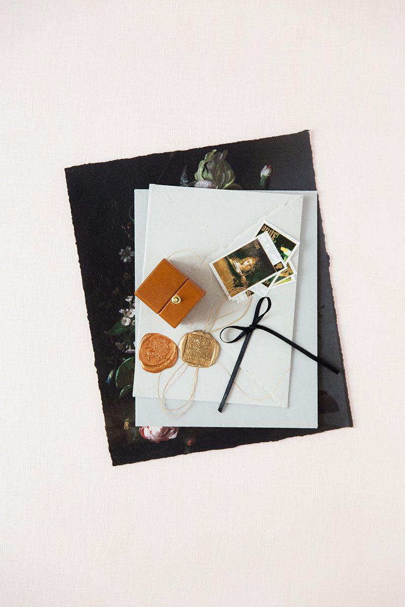 Bark-and-Berry-Alix-vintage-wedding-embossed-monogram-velvet-leather-ring-box-007