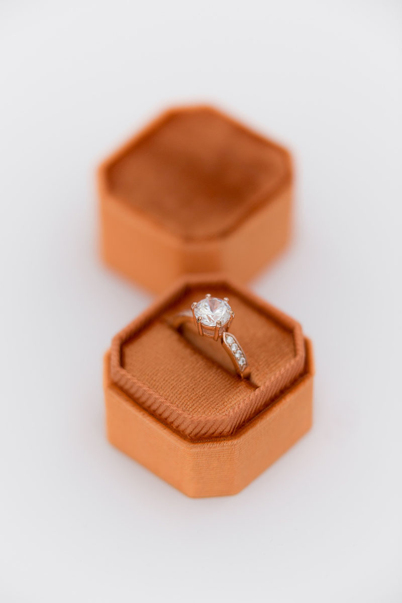 Bark-and-Berry-Petite-Pumpkin-octagon-vintage-wedding-embossed-individual-monogram-velvet-ring-box-001