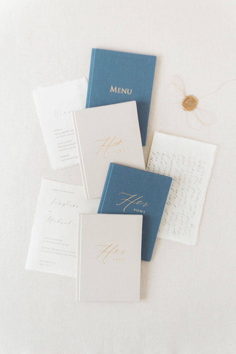 Bark-and-Berry-Sand-Stone-vintage-linen-wedding-embossed-monogram-vows-menu-folder-book-006