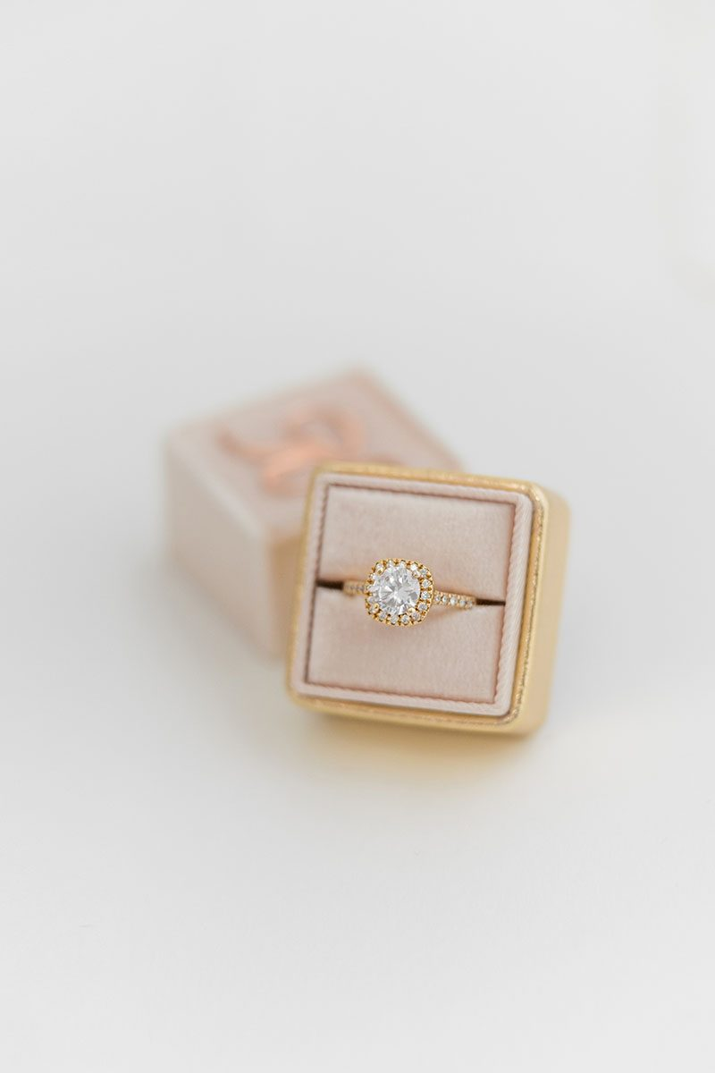 Bark-and-Berry-Blush-Yellow-Gold-double-slot-vintage-wedding-embossed-monogram-velvet-leather-ring-box-001