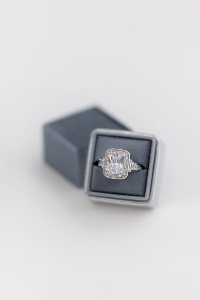 Bark-and-Berry-Dove-Silver-double-slot-vintage-wedding-embossed-monogram-velvet-leather-ring-box-001
