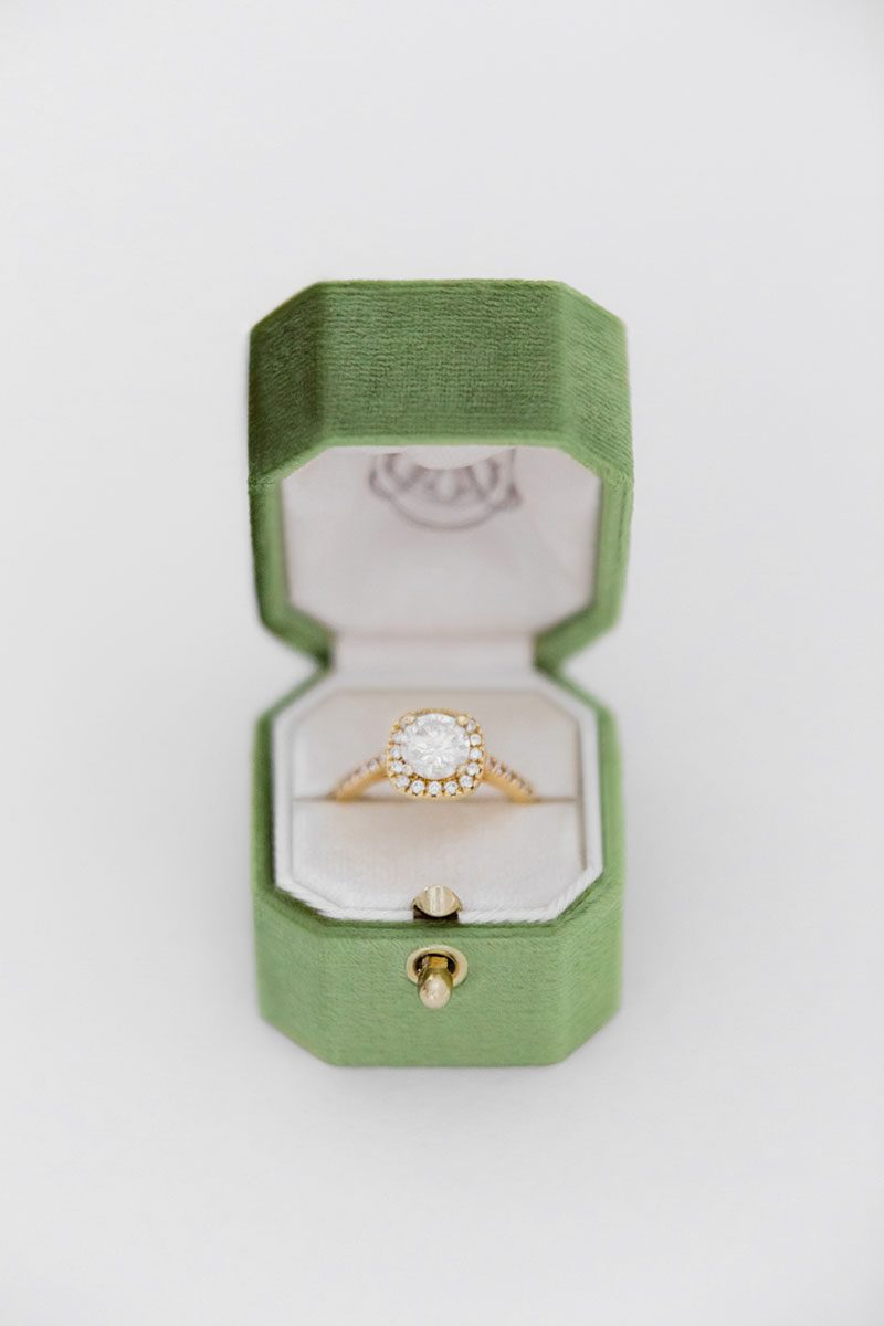 Bark-and-Berry-Forest-vintage-wedding-embossed-monogram-octagon-velvet-ring-box-with-lock-001
