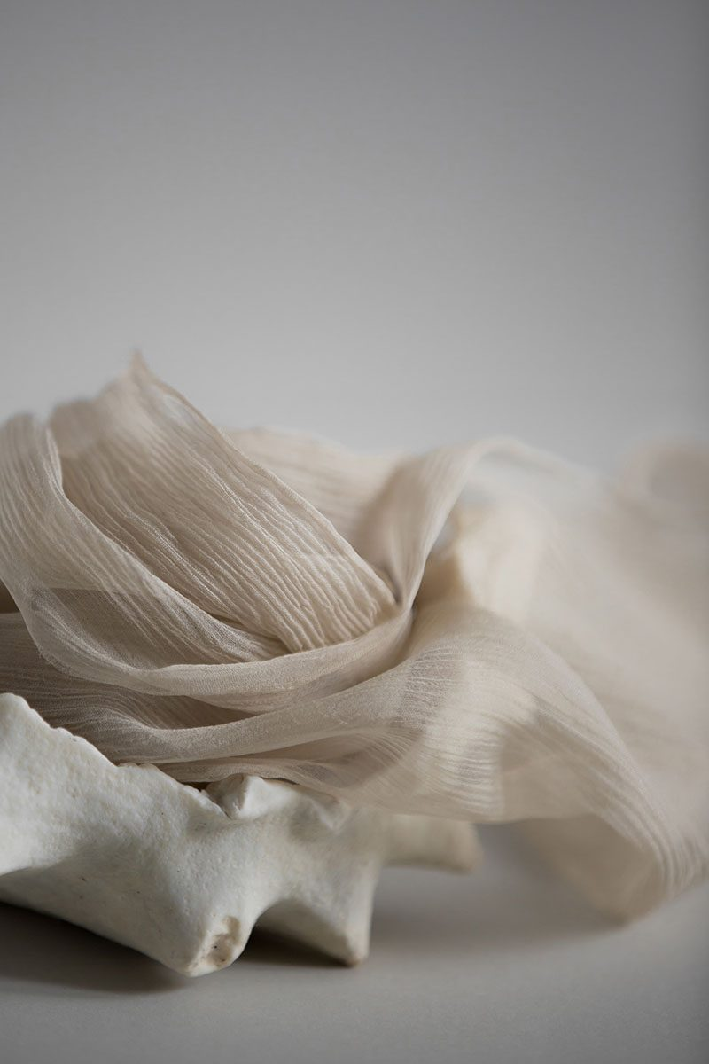 Bark-and-Berry-hand-plant-dyed-wedding-crinkle-silk-ribbons-shironeri-001