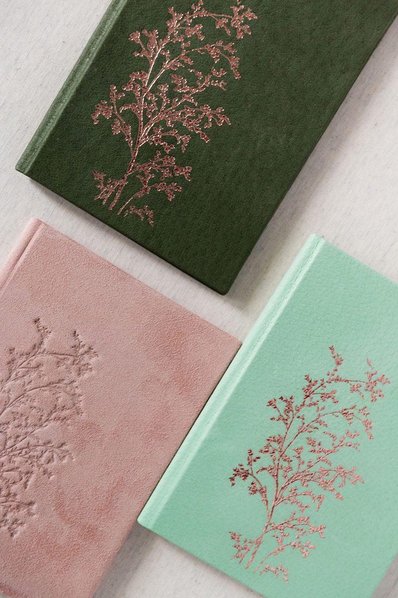 Bark-and-Berry-Charlotte-Honeydew-Powder-vintage-genuine-leather-suede-wedding-embossed-monogram-vows-folder-book-001