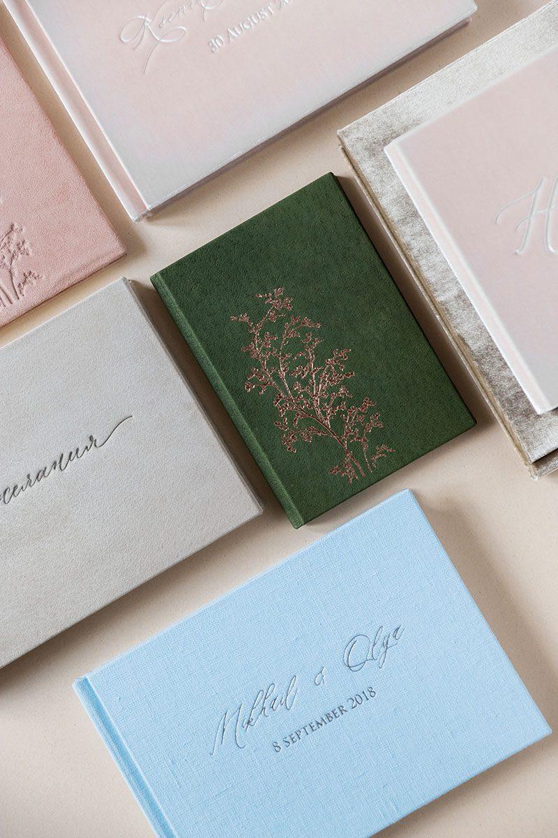 Bark-and-Berry-vintage-suede-velvet-wedding-embossed-monogram-guest-book-photoalbum-folder-mix-008
