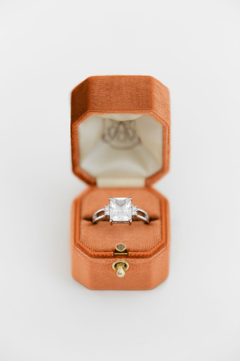 Bark-and-Berry-Pumpkin-vintage-wedding-embossed-monogram-octagon-velvet-ring-box-with-lock-001
