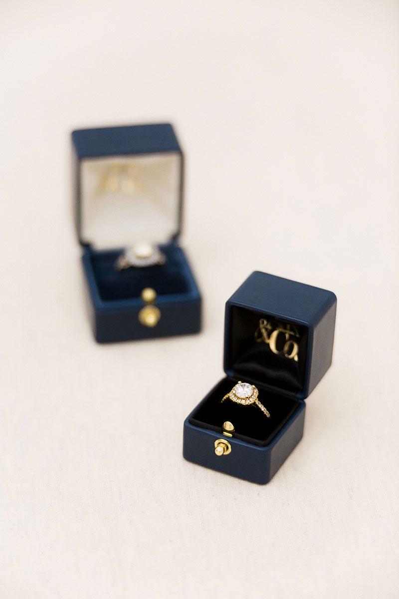 Bark-and-Berry-Grand-Petite-Nicholas-vintage-wedding-embossed-monogram-velvet-leather-ring-box-ivory-black-001