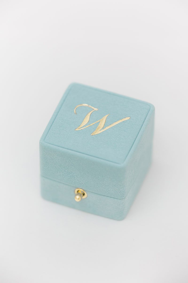 Bark-and-Berry-Lagune-vintage-wedding-embossed-double-monogram-velvet-suede-grand-ring-box-all-ivory-003