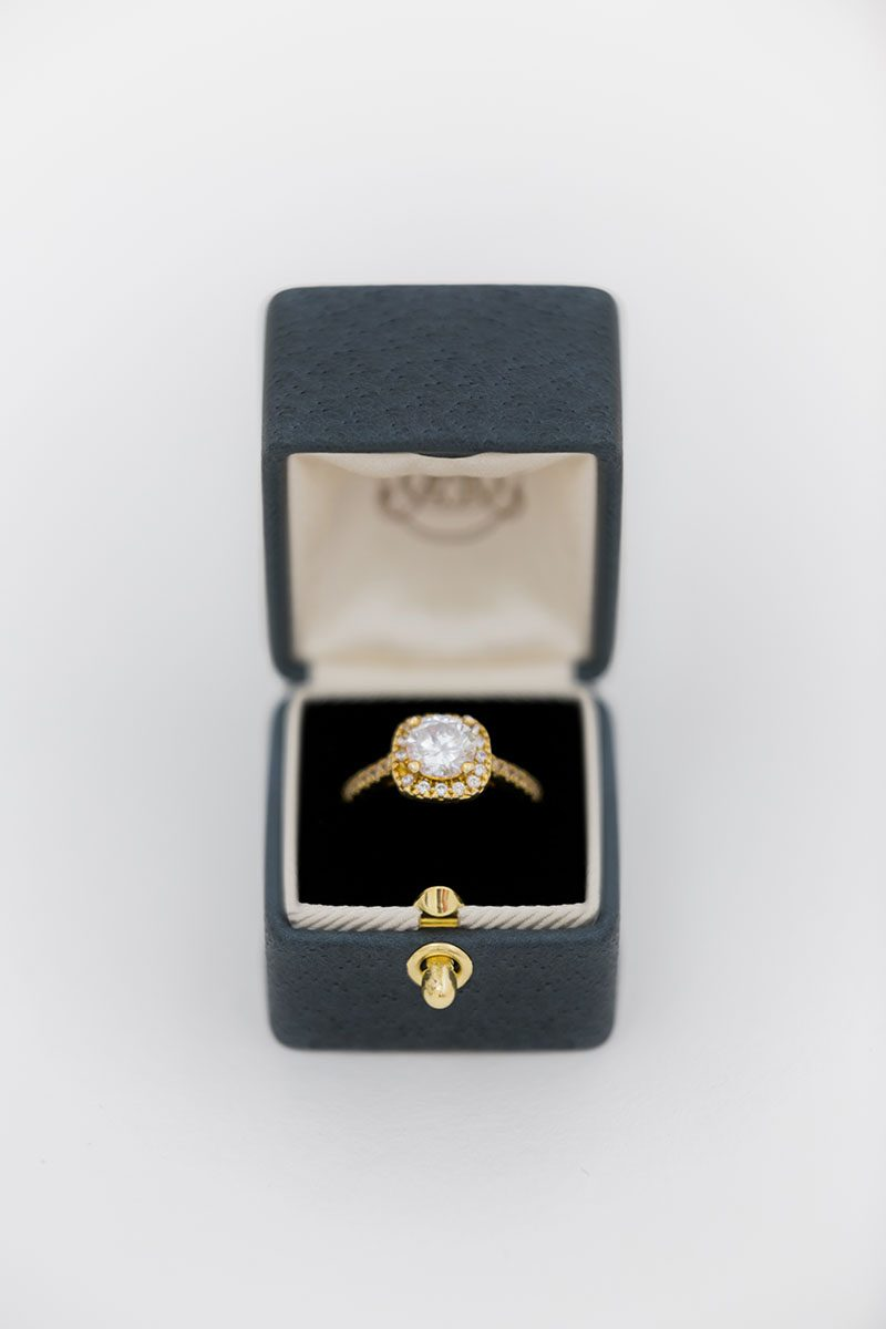 Bark-and-Berry-Ironstone-vintage-wedding-embossed-monogram-velvet-leather-ring-box-001