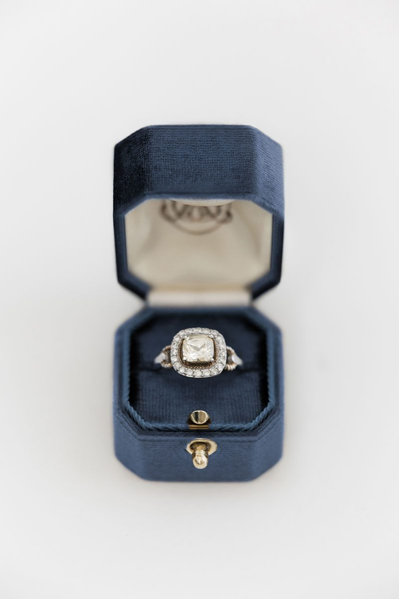 Bark-and-Berry-Ocean-vintage-wedding-embossed-monogram-octagon-velvet-ring-box-with-lock-001