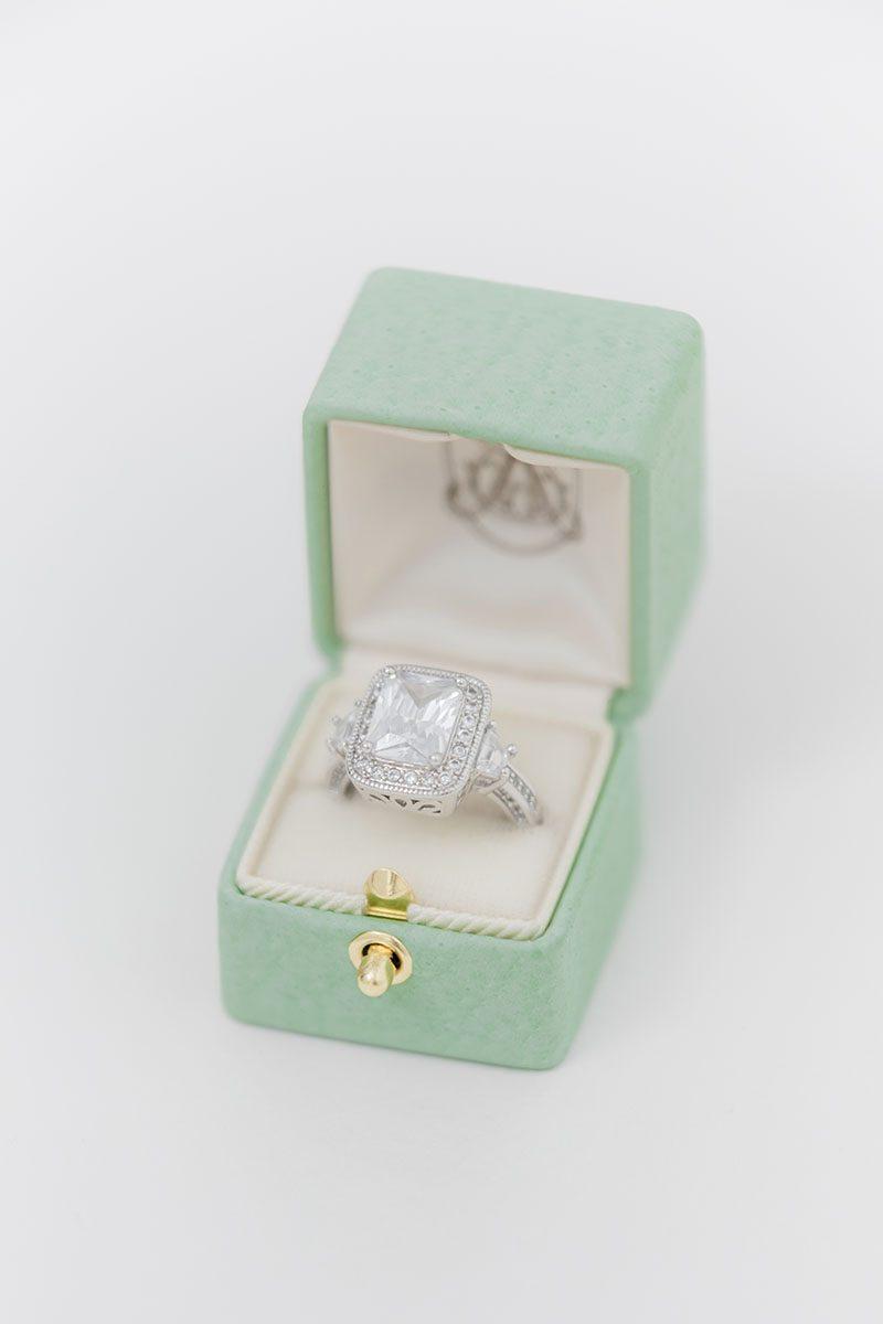 Bark-and-Berry-Honeydew-vintage-wedding-embossed-monogram-velvet-leather-ring-box-002