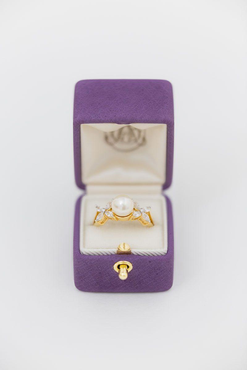 Bark-and-Berry-Bellflower-vintage-wedding-embossed-monogram-velvet-leather-ring-box-001