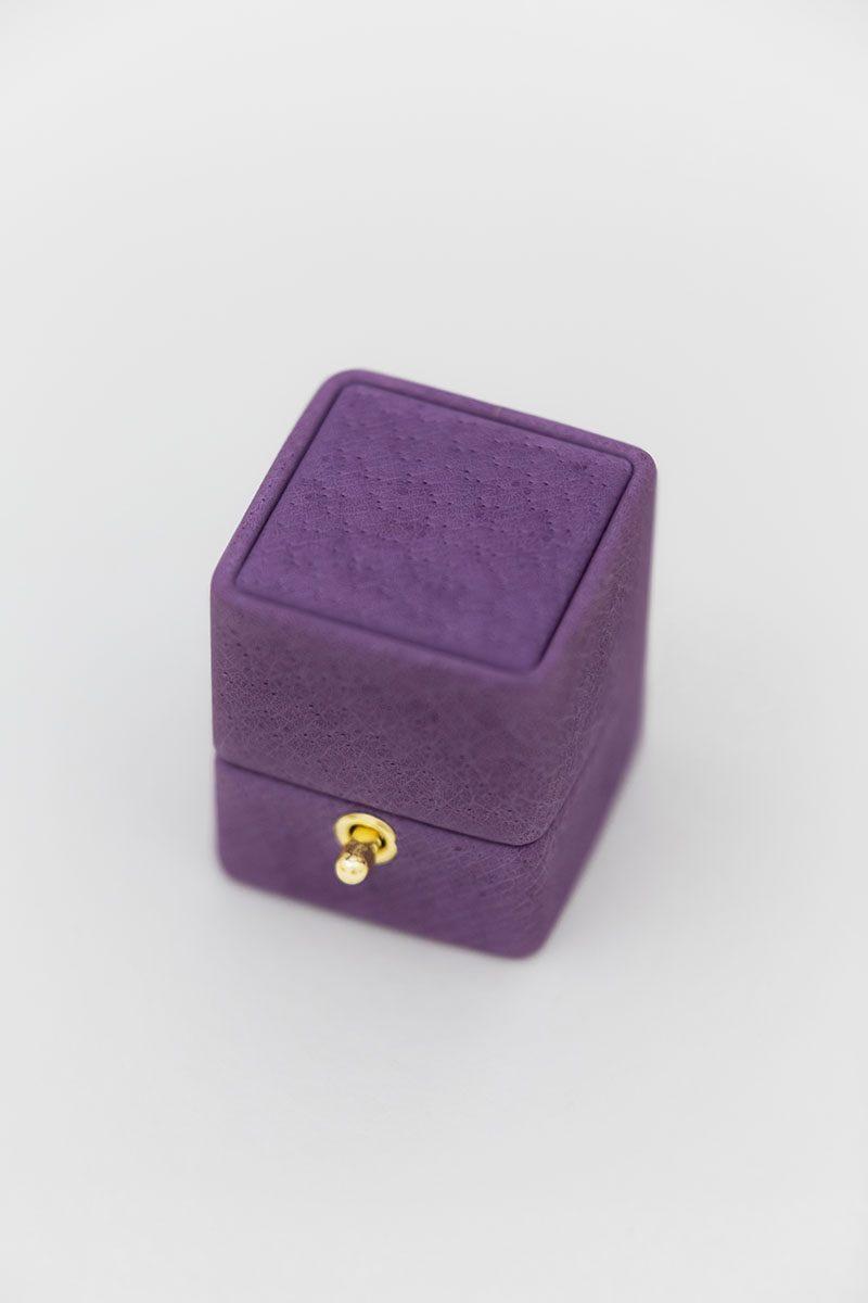 Bark-and-Berry-Bellflower-vintage-wedding-embossed-monogram-velvet-leather-ring-box-002