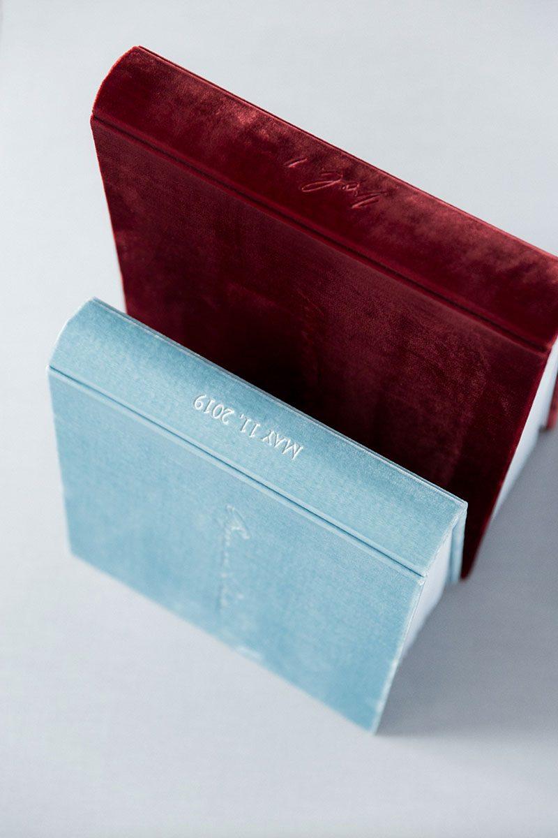 Bark-and-Berry-Wine-Lake-vintage-velvet-wedding-embossed-monogram-guest-book-photoalbum-003