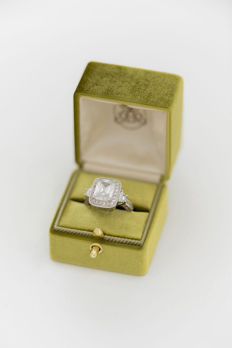 Bark-and-Berry-Olive-vintage-wedding-embossed-monogram-velvet-grand-ring-box-double-single-slot-003