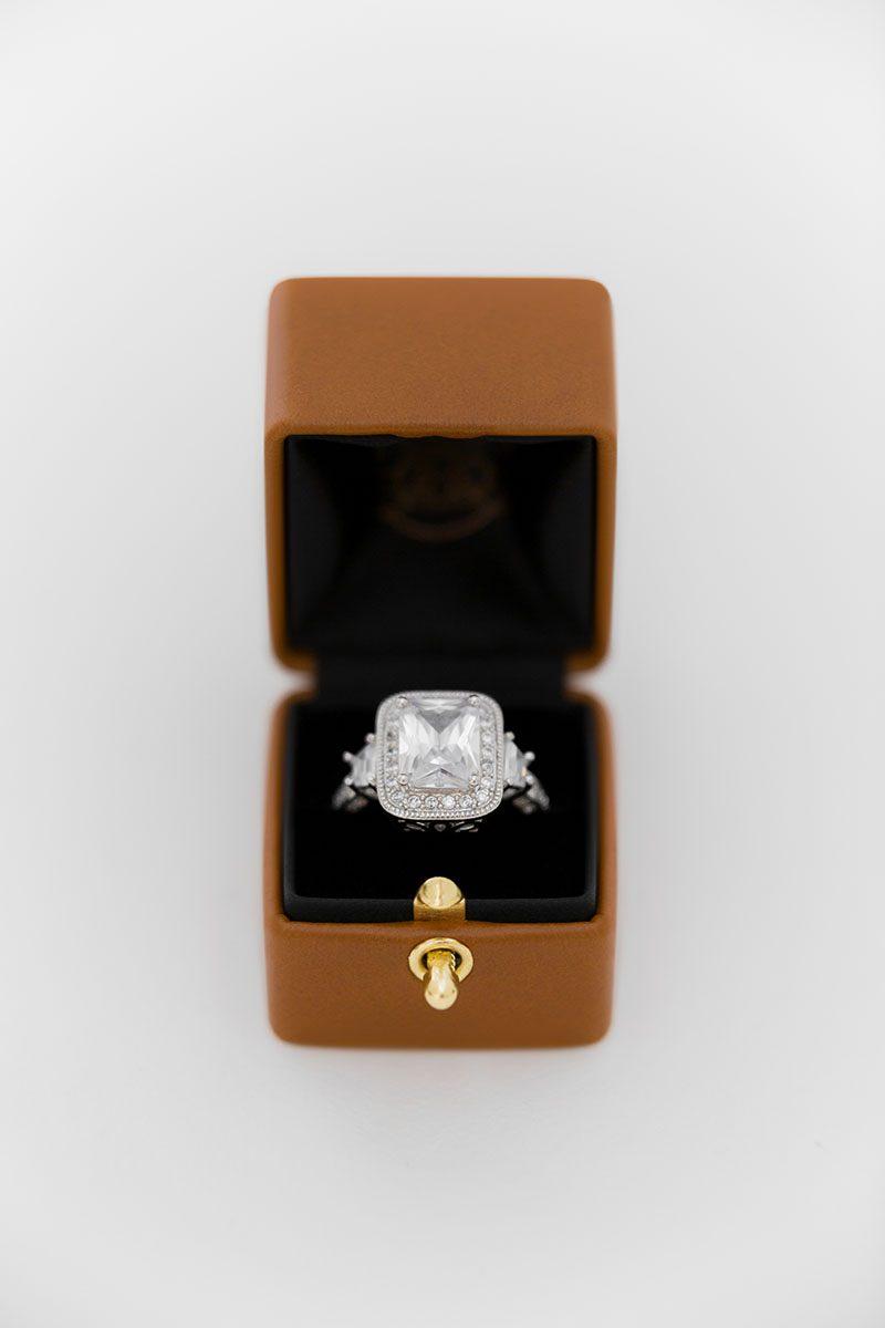 Bark-and-Berry-Alix-vintage-wedding-embossed-monogram-velvet-leather-ring-box-001
