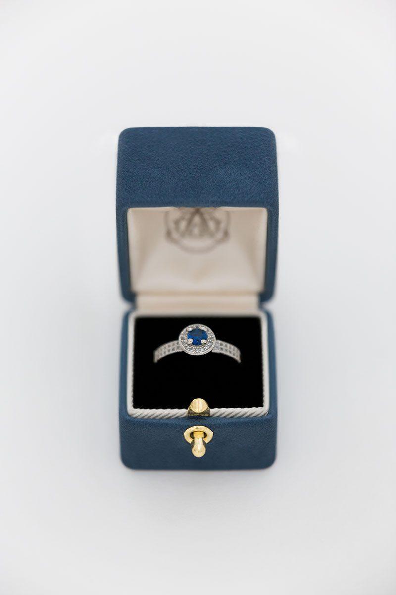 Bark-and-Berry-Nicholas-vintage-wedding-embossed-monogram-velvet-suede-ring-box-001