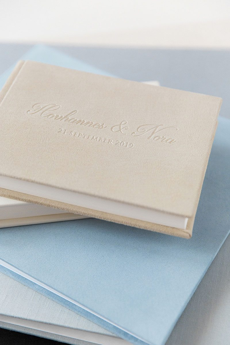 Bark-and-Berry-Mix-vintage-suede-linen-leather-wedding-embossed-monogram-guest-book-photoalbum-004