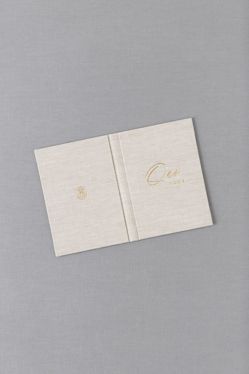 Bark-and-Berry-Oat-vintage-linen-wedding-embossed-monogram-vows-folder-book-10x15-006