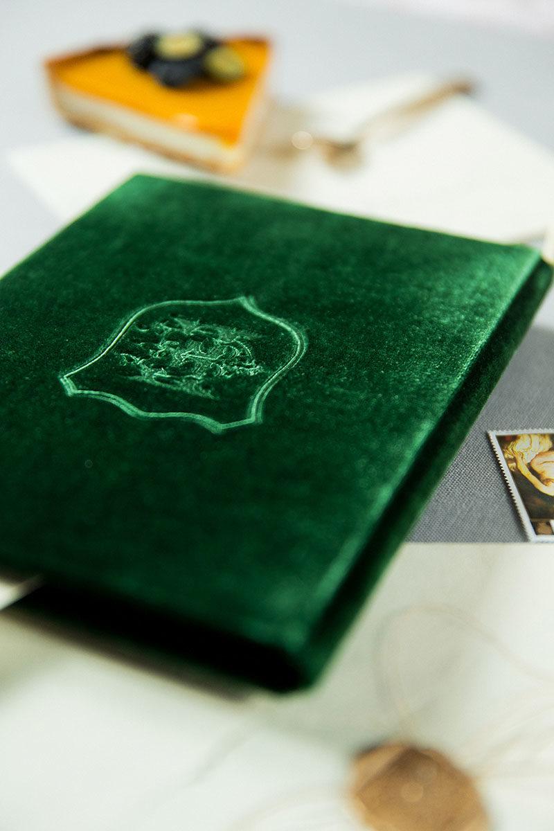 Bark-and-Berry-Eden-vintage-velvet-wedding-embossed-monogram-vows-folder-book-13x18-003